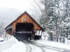 Woodstock, Vermont   Middle Bridge in Woodstock, Vermont, is a 139-foot-long covered bridge that carries Union Street over the Ottaquechee River.