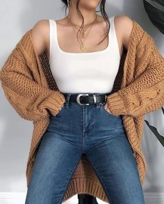 Today in YMI Jeans jeans 💕☕️Comment a 🌼 if you'd wear this outfit! Today in YMI Jeans jeans 💕☕️Comment a 🌼 if you'd wear. Mode Outfits, Retro Outfits, Cute Casual Outfits, Simple Outfits, Stylish Outfits, Classy Outfits For Teens, Winter Fashion Outfits, Look Fashion, Fall Outfits