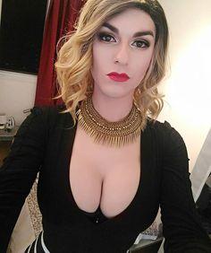 Kiss from france #drag #lady  #ladyboy #makeup #transvestite #sexy #girl #instadrag #tgirl #frenchgirl #selfie #gay #followme #dragqueen #blonde #boobs