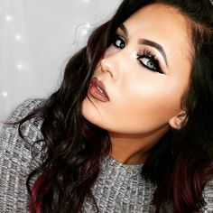 Like this festive make-up look by beauty blogger @itssabrinaaa? Head to her You Tube channel now to check out how to get the look! X #collectioncosmetics #festive #christmas #getthelook #bbloggers #youtube #tutorial #howto #glitter #glittereyes #makeup by collectionlove