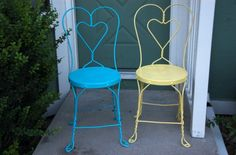 Refinishing Vintage Iron Sweetheart Ice Cream Parlor Chairs via shesingswedance
