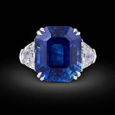 18.50 Carat Untreated Kashmir Sapphire Diamond Platinum Ring