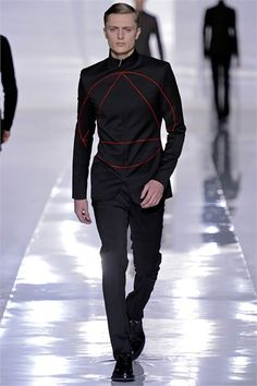 Dior Homme - Men Fashion Fall Winter 2013-14 - Shows - Vogue.it