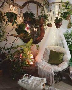 Decoration Chic, Decoration Inspiration, Room Decorations, Decor Ideas, Fairy Room, Room With Plants, Cute Room Decor, Hippie Room Decor, Bohemian Bedroom Decor