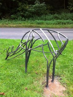 Steel Garden Or Yard / Outside and Outdoor sculpture by artist Adrian Payne titled: 'Roe Deer (Feeding Semi abstract Steel Bar sculptures)'