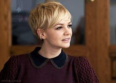 Look at these fashionable short pixie hair cuts and select one of these 25 Pixie Haircut Pictures, and have a fresh popular model to renew your look in 2016 Short Pixie Haircuts, Pixie Hairstyles, Pretty Hairstyles, Short Hair Cuts, Hairstyle Ideas, Carey Mulligan Hair, Carrie Mulligan, Haircut Pictures, Haircut Images