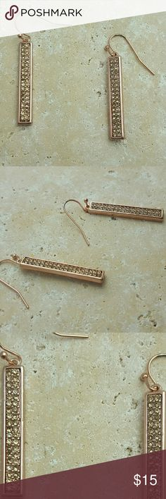 """Rose Gold Dangles Beautiful dangle earrings right on trend.  Lead and Nickel Free. 1.5"""" long.   SAVE WITH BUNDLES! No PP, Merc, Trades or Holds please   Thank you for visiting! Happy Poshing! Jewelry"""