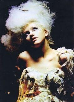 .Antoinette hair