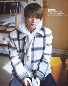Beautiful Person, Beautiful People, Japanese Boy, Japanese Style, Hooded Jacket, Your Style, Raincoat, Guys, Celebrities