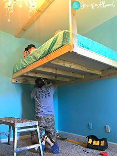 How to Build a Loft Bed for a Girls Bedroom We built a loft bed in my daughter's bedroom as part of her bedroom redesign. Here's how we did it and all of our DIY tips! Build A Loft Bed, Loft Bed Plans, Murphy Bed Plans, Diy Bed Loft, Cool Loft Beds, Loft Beds For Teens, Kids Bunk Beds, Lofted Beds, Teen Loft Beds
