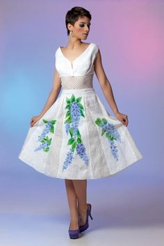 Beautiful Dresses, Nice Dresses, Formal Dresses, Embroidery Purse, Stitch Shirt, Embroidered Clothes, Dress Suits, Chambray, Casual