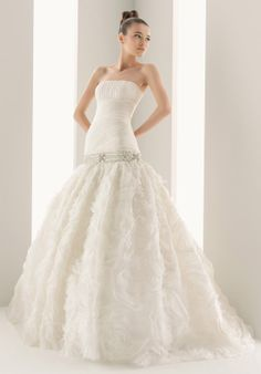 Princess Strapless Floor Length Chapel Wedding Dress 175 - Nur