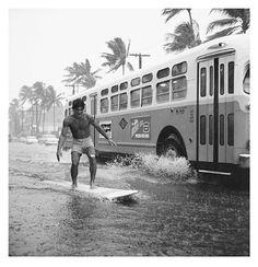 Rainstorm street surfer Waikiki, Honolulu captured by Warren Roll 1960 Vintage Surfing, Surf Vintage, Photo Vintage, Vintage Images, Vintage Hawaii, Deco Surf, Into The Fire, Surf Style, Surfs Up