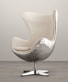 Aviator arne jacobsen aj egg chair - vintage white leather - aluminium spitfire