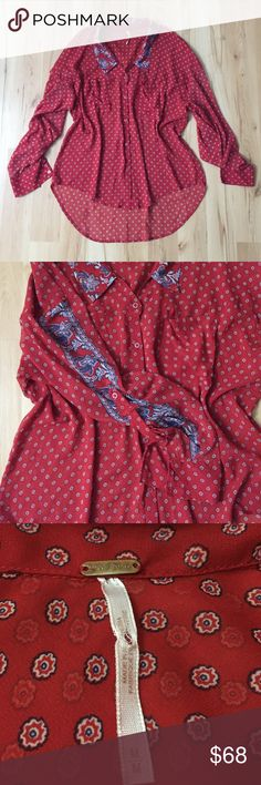 Free People Sheer Button Down Size M. Two front pockets on chest. Chest 21.5in. Length 23in front 28in back. Free People Tops Button Down Shirts