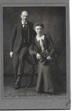 Cabinet Photo Female Male Couple Fashion Jewelry Genealogy #699