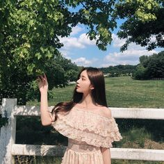 🌸We are KIM NAHEE FANPAGE (@kimnaheefanpage) • Fotos y videos de Instagram Mode Ulzzang, Ulzzang Korean Girl, Cute Korean Girl, Asian Girl, Korean Beauty Girls, Korean Girl Fashion, Korean Aesthetic, Aesthetic Girl, Ullzang Girls