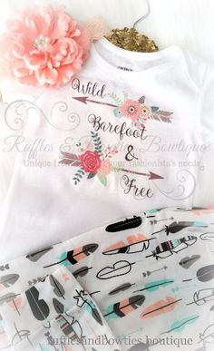 Wild Barefoot and Free Boho Baby Onesie/Shirt – Bohemian Baby – Baby Boho Shirt – Wild & Free Shirt – Arrow Baby Shirt - Babykleidung Bohemian Baby, Baby Outfits, Baby Shirts, Onesies, Baby Onesie, Ruffles, Textiles, Fantastic Baby, After Baby
