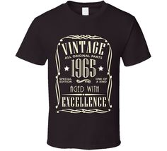 Born in 1965 Milestone 50th Birthday T Shirt with a Vintage look. Perfect Birthday Gift for him.
