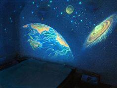 Glow in the Dark Bedroom Decoration | http://www.designrulz.com/product-design/2012/10/glow-in-the-dark-bedroom-decoration/