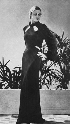 robe de diner 1935 | Les Modes (Paris) May 1935 robe de dine… | Flickr 1930s Fashion, Vintage Fashion, Pretty Outfits, Beautiful Outfits, Art Deco Dress, White Gowns, Vintage Outfits, Vintage Clothing, Hollywood Fashion