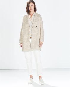 Visual Fashionist: Cappotti 2015 Zara: tutti i modelli di tendenza low cost e come indossarli http://visualfashionist.blogspot.it/2014/10/cappotti-2015-zara-tutti-i-modelli-di.html