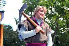 Can we take a moment to discuss the Kristoff face character?! - General News and Discussion - Disney Character Central Kristoff Frozen, Disney Frozen, Frozen Heart, Frozen Costume, Disney Face Characters, Cute Princess, Tokyo Disney Resort, Disneyland Paris, Disney Love