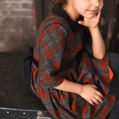 """Plaid Tweed Dress for Girls with a collar """"Peter Pan"""""""