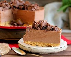 Tarta mousse de chocolate con leche Crazy Cakes, Chocolate Mouse, Chocolate Desserts, Cake Decorating For Beginners, Sin Gluten, Vanilla Cake, Food And Drink, Tasty, Chocolates