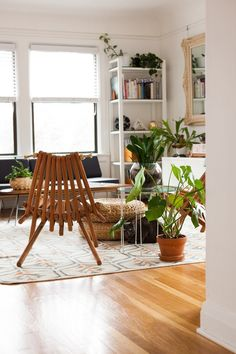East Coast vs. West Coast: Regional Room Styles | Apartment Therapy