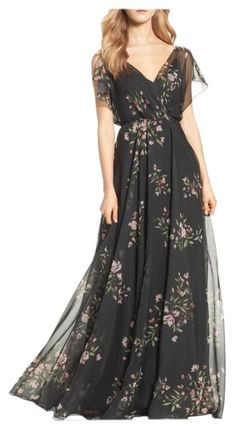 Shop a great selection of Jenny Yoo Cassie Flutter Sleeve Surplice Gown. Find new offer and Similar products for Jenny Yoo Cassie Flutter Sleeve Surplice Gown. White Floral Dress, Dress Black, Floral Gown, Floral Chiffon, Evening Dresses, Formal Dresses, Long Maxi Dresses, Beach Dresses, Women's Fashion Dresses