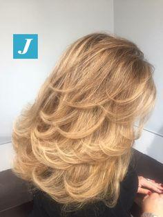 It's always about the details _ Degradé Joelle & Taglio Punte Aria #cdj #degradejoelle #tagliopuntearia #degradé #igers #musthave #hair #hairstyle #haircolour #longhair #ootd #hairfashion #madeinitaly #wellastudionyc