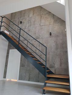 Staircase Design Modern, Staircase Metal, House Staircase, Staircase Remodel, Floating Staircase, Loft Stairs, Modern Stairs, Railing Design, Loft Design