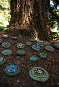 Dunn Gardens  Mosaic rocks