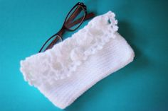 Handmade crocheted case to keep your favorite eyewear pieces clean and safe, under $10 stocking stuffer. Get it at 50% OFF during the Thanksgiving weekend sales!