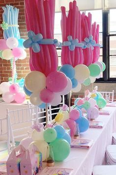 Don't miss this colorful Trolls themed birthday party! The balloon centrepieces are wonderful! See more party ideas and share yours at Catchmyparty.com #catchmyparty #partyideas #trolls #trollsparty #girlbirthdayparty Colorful Birthday Party, Trolls Birthday Party, Troll Party, 2nd Birthday Parties, 4th Birthday, Kids Party Centerpieces, Balloon Decorations, Birthday Party Decorations, Birthdays