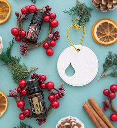 Im Dezember gibt es 10% auf doTERRA Myrrhe und das GRATIS Produkt des Monats ist 5ml Holiday Joy und ein Ornament