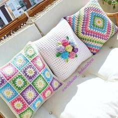 Crochet Afghans Set of 3 crochet cushion covers, handmade cotton and natural wool blanket - Crochet Cushion Cover, Crochet Pillow Pattern, Crochet Motifs, Crochet Cushions, Crochet Squares, Crochet Patterns, Granny Squares, Blanket Crochet, Crochet Afghans