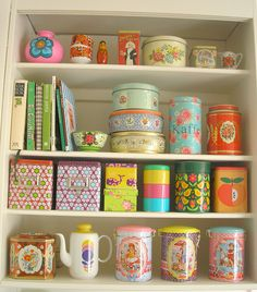 I need to use this idea for my Craft Room. Heart Handmade UK: Super Bright Colours and Kitschy Cute Home Decor from Pink Friday Cute Home Decor, Retro Home Decor, Handmade Home Decor, Cheap Home Decor, Vintage Tins, Shabby Vintage, Vintage Kitchen, Vintage Decor, Casa Retro