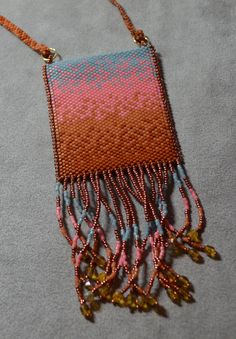 Pattern for Hombre Ombre Amulet Bag by Gail DeLuca by whitefoxbeads on Etsy https://www.etsy.com/listing/292197221/pattern-for-hombre-ombre-amulet-bag-by