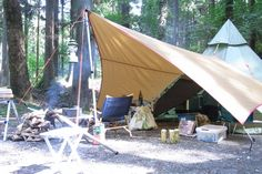 """snow peak """"Penta, Light Tarp"""" with Luxe Outdoor """"Mega Horn II"""" Camping Car, Camping Hacks, Outdoor Camping, Outdoor Gear, Camping Ideas, Lightweight Tarp, Bell Tent, Glamping, Family Travel"""