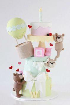 I am in love with this cake by Sharon Wee Creations.