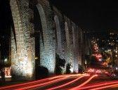 QUERETARO : El Los Arcos (acueducto) en Querétaro, Mexico, construida entre 1726 y 1735.  Foto de archivo