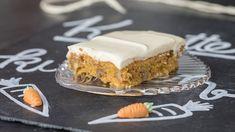 Ein Stück Karottenkuchen mit Frischkäsefrosting | Bild: BR/Markus Konvalin