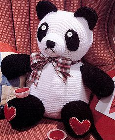 Crochet panda pattern - Sweetheart crochet pattern| crochet toy patterns LOVE panda bears!