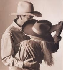 love the country western dance Cowboy Horse, Cowboy Up, Shall We Dance, Lets Dance, Dance Pics, Slow Country Songs, Country Music, Two Step Dance, Country Swing Dance