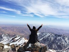 7 Reasons to Abandon Your Comfort Zone and Why You'll Never Regret It - RiseEarth