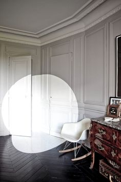 French By Design: Paint outside the box!