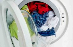 Hot, warm, or cold? How important is the right laundry temperature? This laundry refresher course will have you setting the wash water temperature like a pro. Rust Stains On Clothes, Stain On Clothes, How To Stop Rust, How To Remove Rust, Vinegar Cleaner, Cleaning Vinegar, Homemade Laundry Detergent, Washing Soda, Washing Machine