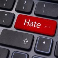 Почему пользователи ненавидят бренды, в особенности, в Фейсбук. Отличная статистика, подтверждающая, что это и на самом деле так.